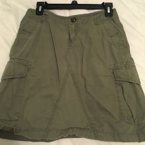 Banana Republic Skirt Army green distressed